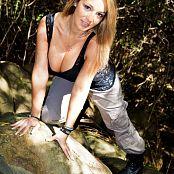 Nikki Sims Cargo Pants 001