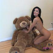 alluringvixens danielle9 Marvel Teddy Bear Love 161016 mp4