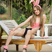 Ana Ortiz Fuzzy Bunny tbf 659 301016 014