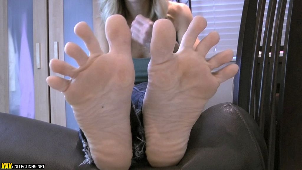 demi delia footjob video