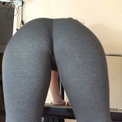 Victoria Raye clips4sale com owned by yoga pants 121116 mp4