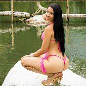 Yeraldin Gonzales Perfect in Pink tbf 662 001