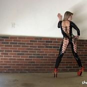 Sherri Chanel Black Latex Catsuit Bonus HD Video 184 151116 mp4