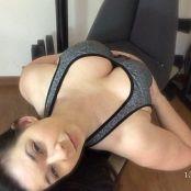 Victoria Raye clips4sale com yoga pants ripoff 161116 mp4