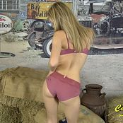 Cali Skye In The Hay 1080p 201116 mp4