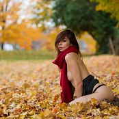 Ariel rebel Autumn Leaves 010