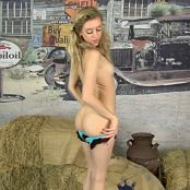 Cali Skye When Country Wasnt Cool 1080p 271116 mp4