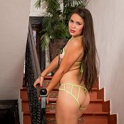 Daniela Florez Neon Green tbf bonus level 2 set 054 011