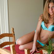 Princessblueyez Green Bra and Panty Pics 005