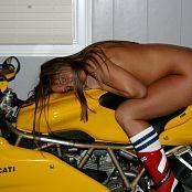 Katies World Set 125 biker chic 04 05
