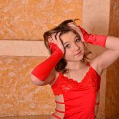 Silver Starlets Jess Red Picture Set 1