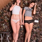 MarvelCharm Ariana Rebecca Friends 0623