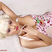 Young Gusel sweet cherry Pics 1112