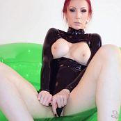 Susan Wayland Bubbly Latex Fun HD Video 1