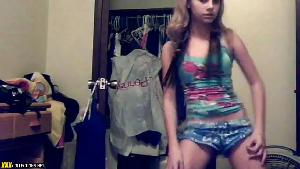 Shaking Hot Teen Dancing And 111