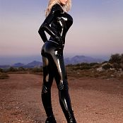 Susan Wayland Catwoman In Nature Picture Set 3