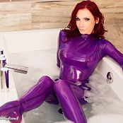 Susan Wayland Seductive Welness Latex Picture Set 4