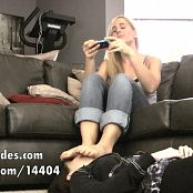 Princess Lyne Smothering slave girls face with My feet 280217 m4v