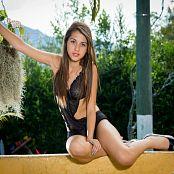 Angelita Model On The Wall YFM Set 243 014