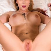 Katie Banks Back To My Room Picture Set & HD Video