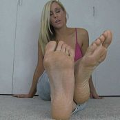 Princess Lyne sniff lick and kneel before My feet 230617 m4v