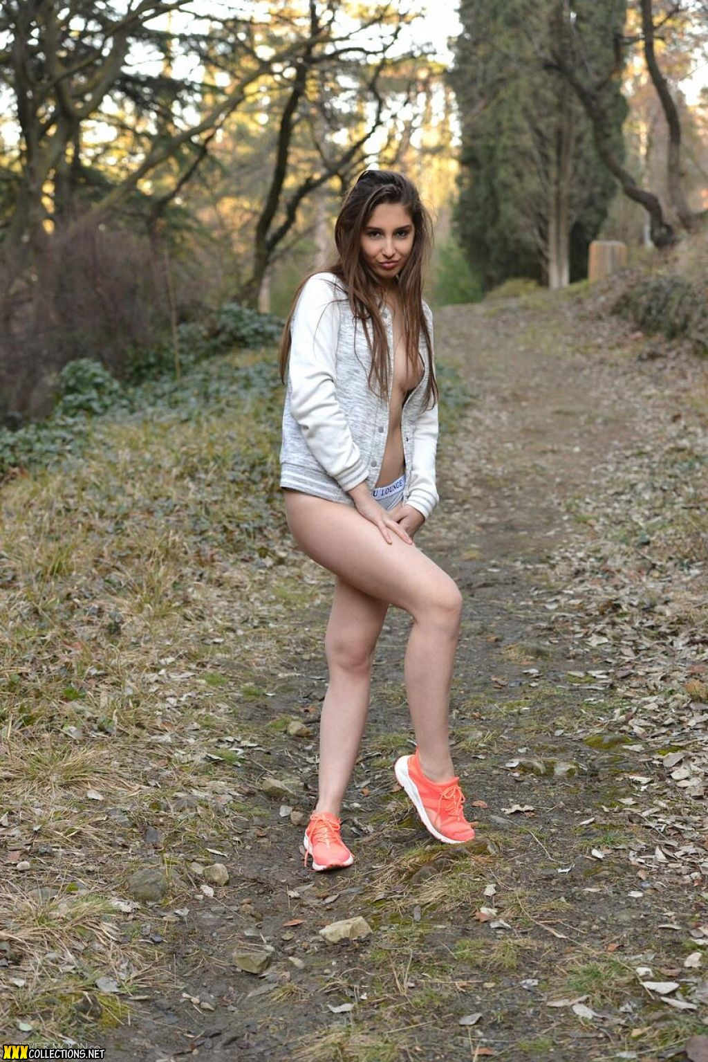 Youthful Land Silver Moon | CLOUDY GIRL PICS