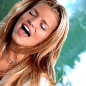 JessicaSimpson Im In Love With You 230617 vob