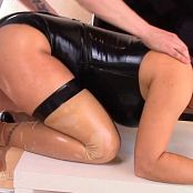 Fitness Maus Submissive LATEX BITCH spanking and ZERFICKT 110717 mp4