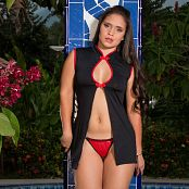 Daniela Florez Little red Thong TM4B Set 003 011