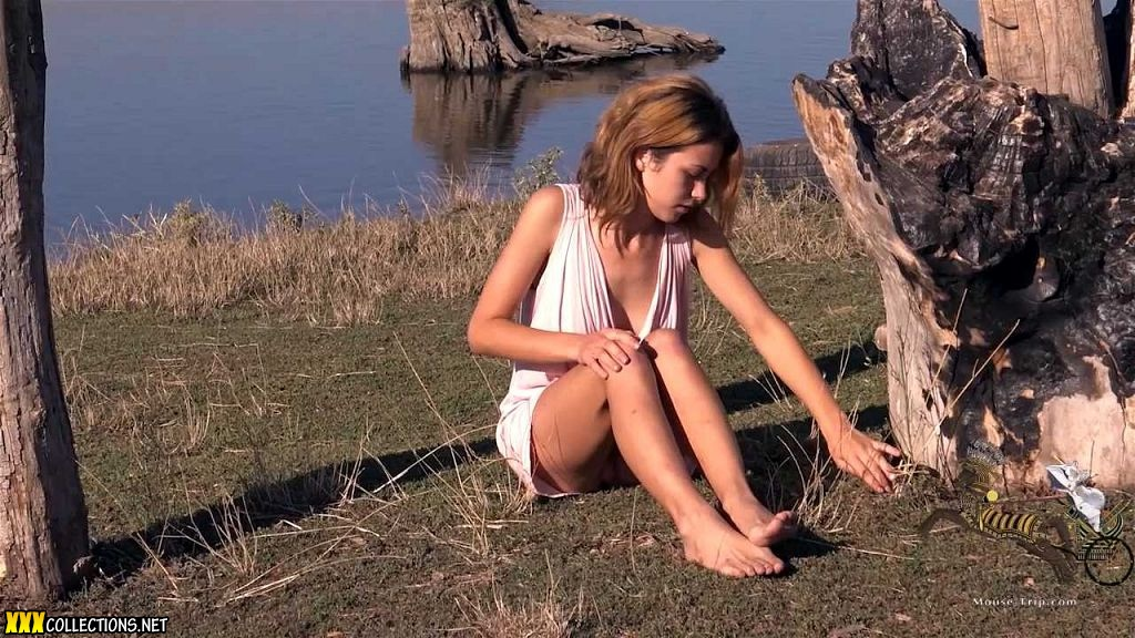 Nastia Mouse - Cuties On The Road - Tight Thin Young Teen Model.