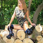 Nikki Sims Camo Wood 191