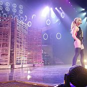 Piece Of Me 18 AUG 2017 Britney performs Me Against The Music 2160p 210817 mp4