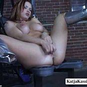 Katja Kassin Fetish Chair new 230817 avi