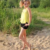Silver Starlets Alice Yellow Top Set 1 071