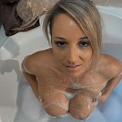 Nikki Sims Bubble Tub HD Video