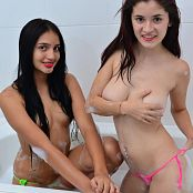 Silver Dreams Brenda & Dulce Bath Picture Set 1