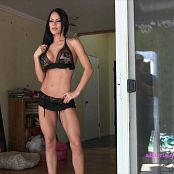 Alluring Vixens 2017 09 12 Jennifer Video Black Roses 160917 mp4