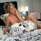 Nikki Sims Naked In Bed 0795