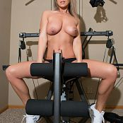 Nikki Sims Working Out 228
