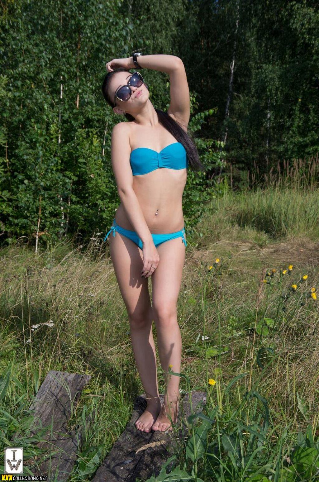 VIDEO! Bikini pic links Babe....In