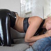 Lara CumKitten Arschfich extrem Anal zerfickt vom besten Freund 201017 mp4