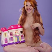 Image Works Veronica Dollhouse Picture Set 1