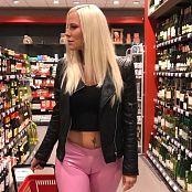 Lara CumKitten Public Latex Bitch Vom Supermarkt ins Fremdfick Bett 201017 flv