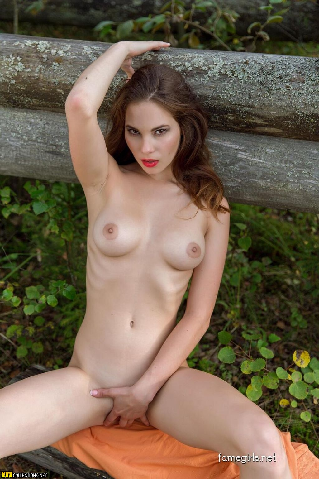 fame girls model naked