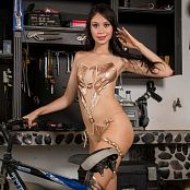 Ximena Model Golden Girl TM4B Set 013 010