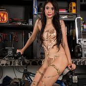 Ximena Model Golden Girl TM4B Set 013 055