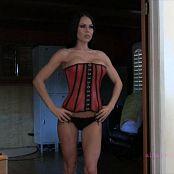 AlluringVixens Jennifer Tight Red Video 161217 mp4