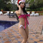 Clarina Ospina All Wrapped Up TCG 4K UHD Video 002 221217 mp4