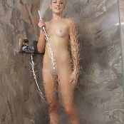 TeenMarvel Lili Nude Shower Picture Set