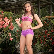 Alexa Lopera Caution TM4B Set 005 005
